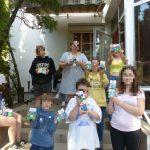 Adományosztás egy budapesti gyermekotthonban
