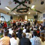 Cipősdoboz átadó ünnepség a Mészáros Jenő Speciális Általános Iskolában